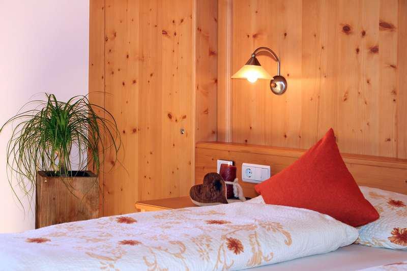 Ferienwohnung Nelke Schlafzimmer Detail
