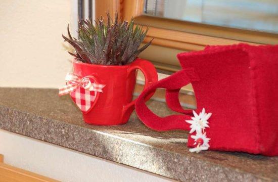 Urlaub am Bauernhof Frühstück hofeigene Produkte Südtirol